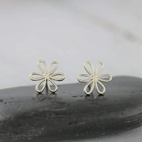 Flower Jewelry Flower Girl Gift for Bridesmaid Gift vanyjewl VANY Sterling Silver Flower Earrings Silver Daisy Jewelry Small Stud Daisy Earrings