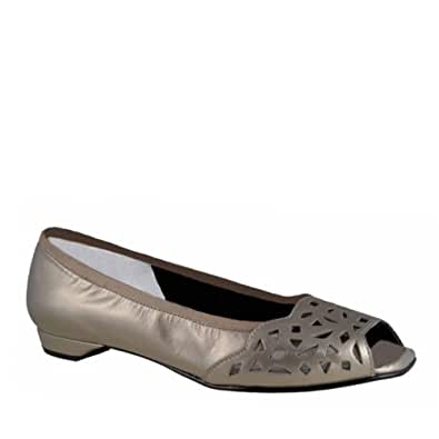 Women's Ros Hommerson, Mercy slip on Flat PEWTER 6.5 M