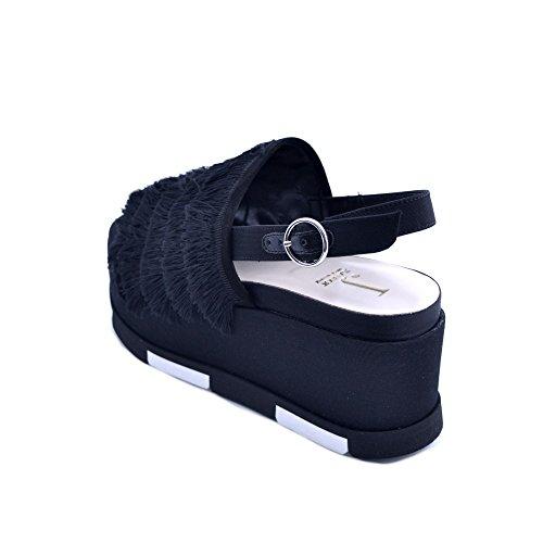 Da Fondo Gomma Frangia Nero Al 39 E Prodotto Comoda Tallone Cinturino Jeannot 7cm Tessuto Made Donna Sandali Taglia Con In Italy Chiusura Zeppa wZzzaOqgW