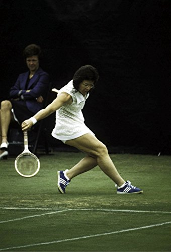 Billie Jean King Competing Photo Print (8 x 10)