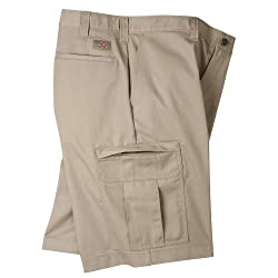 "Dickies Occupational Workwear Lr542ds 35 Polyester Cotton Relaxed Fit Men's Premium Industrial Cargo Short With Hidden Snap Closure, 35"" Waist Size, 11"" Inseam, Desert Sand"