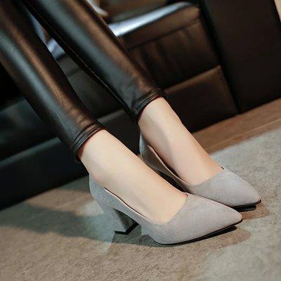 Xue Qiqi Damenschuhe und und und vielseitige Tipp high-heel Schuhe dick mit Licht - satin Partei für einen Schuh 34 Grau cb6d35
