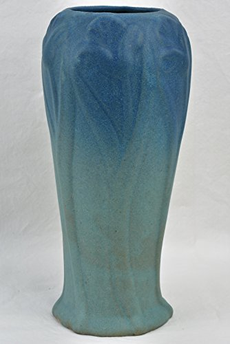 Van Briggle Pottery 1919-20 Turquoise Blue Tulips Vase Dirty Bottom