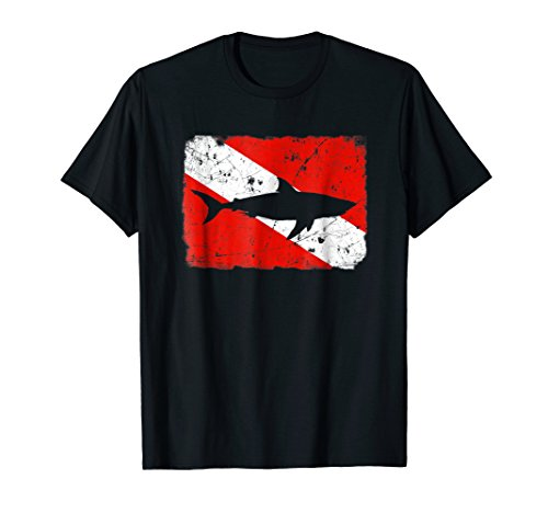 (Shark Dive Flag T-Shirt Vintage Distressed Divers Tee)