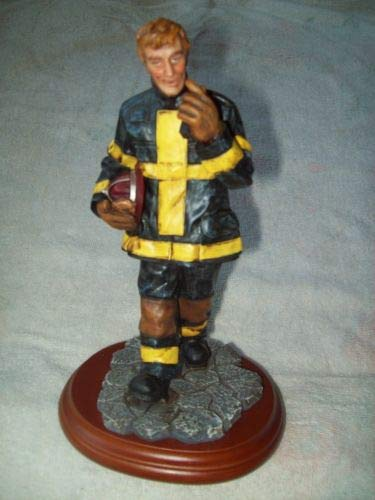 1997 Vanmark Red Hat's of Courage Job Well Done Firefighter Figurine