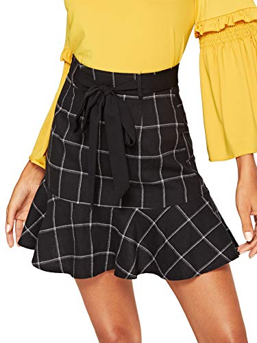 (WDIRARA Women's Elegant Mid Waist Above Knee Ruffle Hem Casual Plaid Skirt Black M)