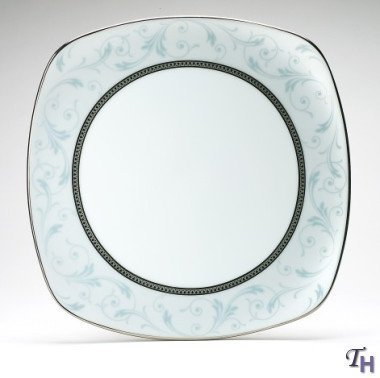 Noritake Regina Platinum 8-3/4-Inch Square Luncheon Plate by Noritake (Platinum Square Luncheon Plate)