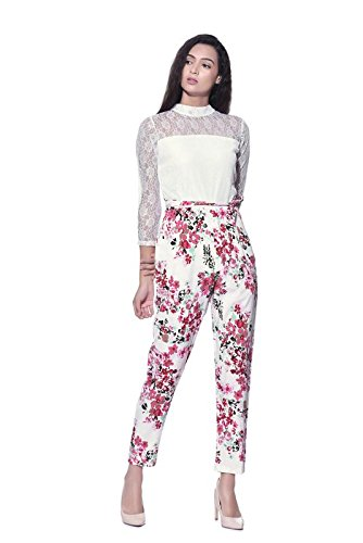 41255ce71c32 AAYU Women s Crepe Jumpsuit (White and Pink)  Amazon.in  Clothing ...