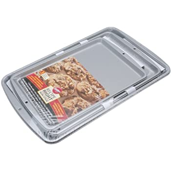 Amazon Com Wilton Recipe Right 3 Piece Cookie Pan Set