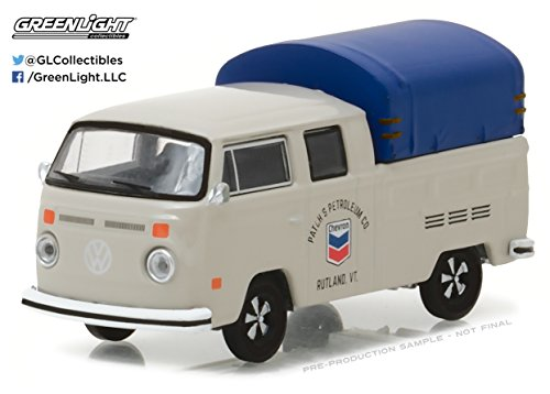 Greenlight Running On Empty Series 2  1:64 1974 VW Double Cab Pickup With Canopy Chevron