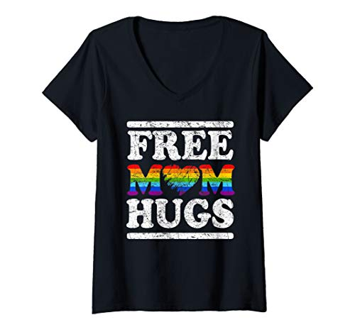Womens Vintage free mom hugs with rainbow heart LGBT transgende  V-Neck T-Shirt