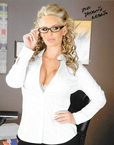 Phoenix Marie Adult Video Star signed 8x10 photo AVN Winner autographed Proof 6 - Autographed NHL Photos