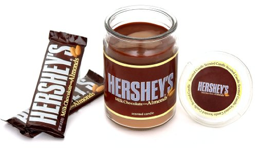 hersheys-by-hannas-candle-15-ounce-milk-chocolate-with-almonds-jar-candle