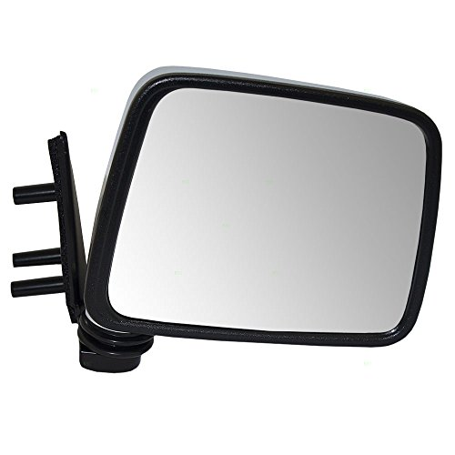 Passengers Manual Side View Mirror with Chrome Cover Replacement for Nissan SUV Pickup Truck NI1321109 AutoAndArt