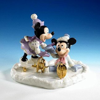 Y Mickey Falls For Love Fiqurine (Lenox Antiquity Accent)