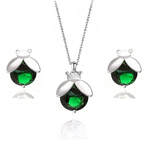 Pendant Green Ladybug (Ladybugs Green Simulated Emerald Zirconia Crystals Set Pendant Necklace Stud Earrings 18 ct White Gold Plated)