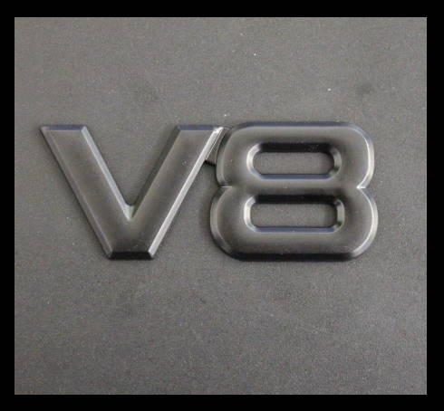 Schriftzug Emblem V8 black hochwertig aus Metal