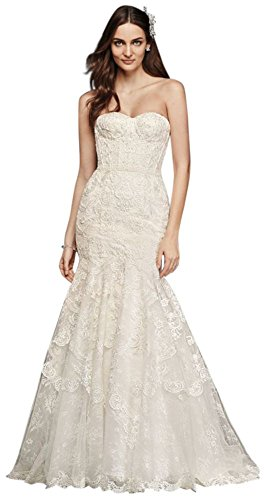 Corseted-Petite-Mermaid-Lace-Wedding-Dress-Style-7SWG755