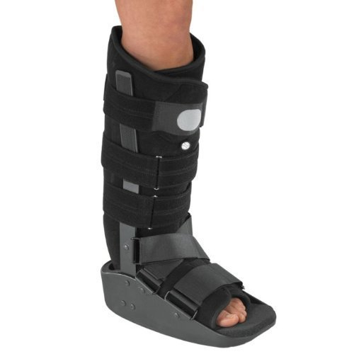 DonJoy MaxTrax Air Walking Boot (Medium) by DonJoy Braces (Image #1)
