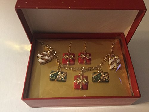 AVON HAPPY HOLIDAYS PRESENT BRACELET AND EARRINGS GIFTSET