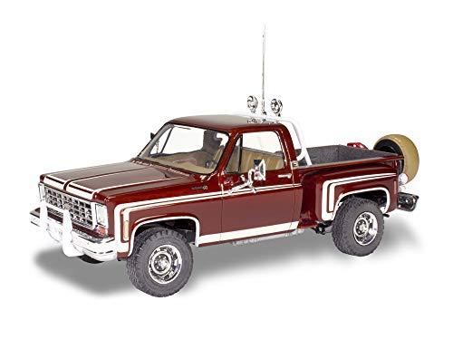 Revell 854486 1/24 76 Chevy Sport Stepside Pickup 4x4