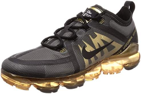 nike black and gold vapormax