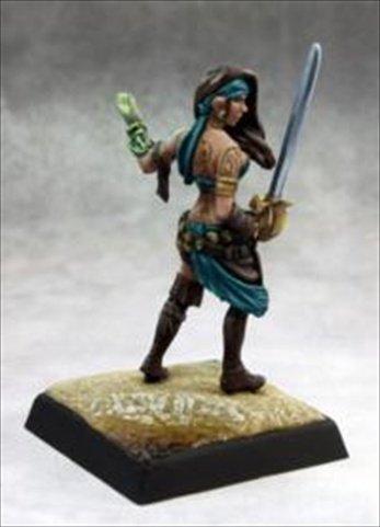 Reaper Miniatures 60134 Pathfinder Series Isabella Locke Miniature