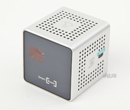 smart-mini-beam-projector35-ansi-for-iphonegalaxy-phonetabletpc-travelling-android-apple-smart-phone