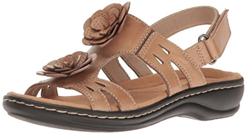CLARKS Women Leisa Claytin Flat Sandal Sand Leather