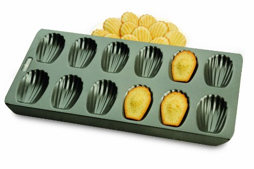 Chicago Metallic Professional 12-Cup Non-Stick Madeleine Pan, 15.75-Inch-by-7.75-Inch