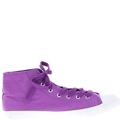 Aumento dimensioni grandi scarpe viola