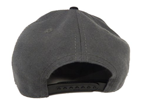 Chicago Hats (City Bull) – White Bull on Charcoal Black Bill, One Size Fits Most Otto Snap Back