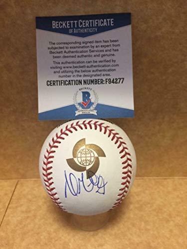 Andrew Miller Cardinals Autographed Signed Memorabilia Wbc Major League Baseball - Beckett ()