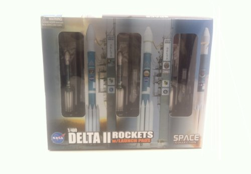 Dragon Models Delta II Rockets with Launch Pads Space Rockets, Set of 3, 1:400 Scale
