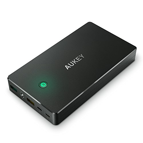 AUKEY Quick Charge 2.0 Power Bank 20000mAh with 20 cm Micro USB Cable, Battery Pack Compatible with iPhone/Samsung/Kindle/Speakers and More