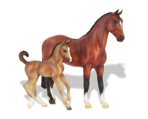 Foals Fun Breyer (Breyer Classics Warmblood Horse & Foal Set)