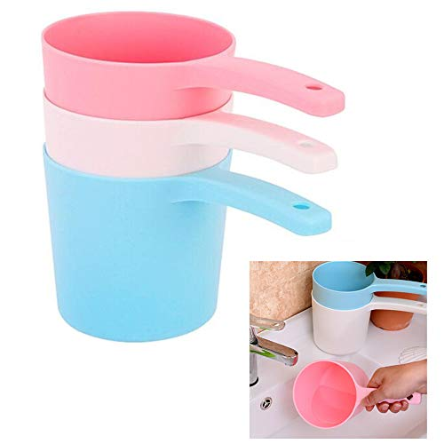 3Pcs Thicken Plastic Bathing Ladle Water Dipper with Handle Kitchen Ladles Bath Cups