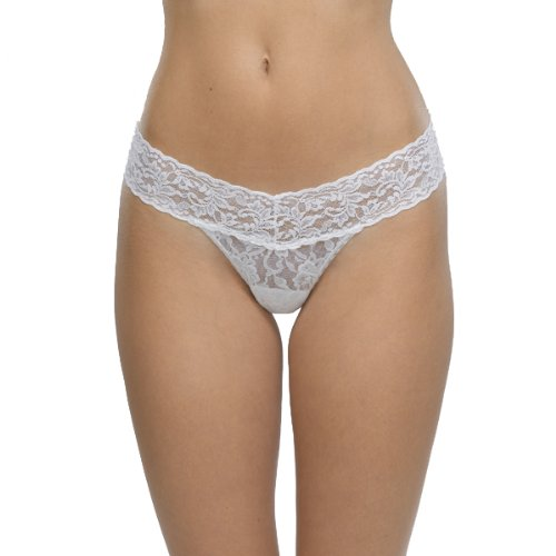 Hanky Panky Women's Signature Lace Low Rise Thong Panty, White, One Size