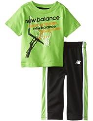 (新品)2.6折,New Balance Infant T-Shirt新百伦绿色短袖+长裤,
