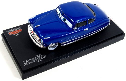 Mattel Disney Pixar Cars 1:24 Die-Cast Vehicle: Doc Hudson
