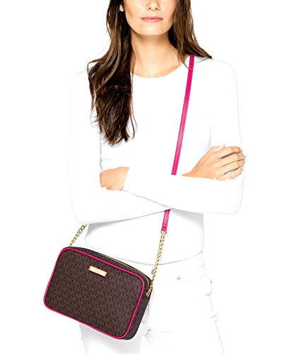 a229352c8f63 MICHAEL Michael Kors Signature Jet Set Item Large East West Crossbody  Brown Ultra Pink  Amazon.co.uk  Shoes   Bags