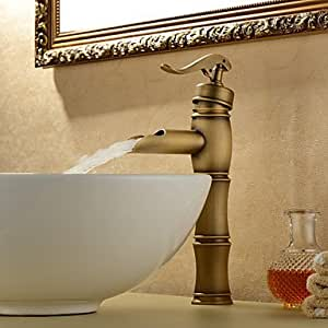 quan Personalized Bathroom Sink Faucet in Antique style Bathroom Sink Faucet with Centerset Antique Brass finish