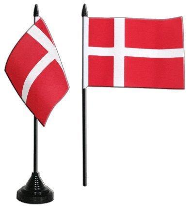 Tischwimpel mit Dänemarkflagge. Ideal für ein Geburtstagsfrühstück wie in Dänemark - eben mit Dannebrog.