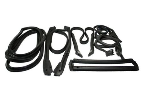 (90-96 Corvette Coupe Full Weatherstrip Kit New Reproduction)