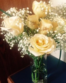 6 Creamy White Roses  Thinking Of You