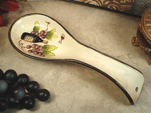 Dlusso Tuscany Red Wine Ceramic Spoon Rest by Dlusso