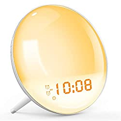 Wake Up Light, Sunrise Simulation Alarm Clock, Sleep Aid Colored Bedside Light with FM Radio Dual Alarm Adjustable Lightness for Kids and Adults Bedroom