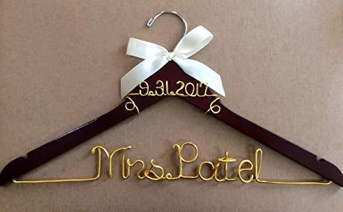 wedding hanger, bride hanger, wire date on top hanger, Mrs hanger, Personalized Hanger, Custom hanger, wedding hanger, wedding dress hanger