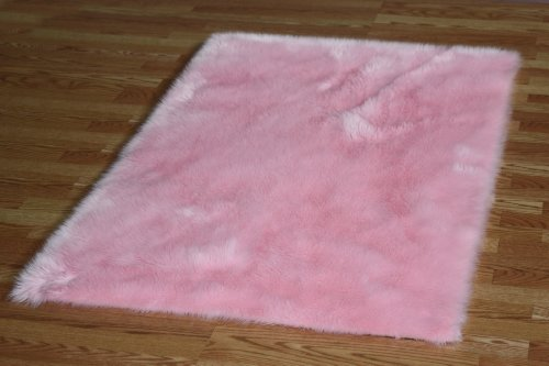 - Flokati Faux Fur Rugs 4' x 4' (PINK)