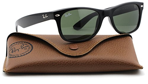 Ray-Ban RB2132 New Wayfarer Classic Unisex Sunglasses (Black Frame/Green G-15 Lens 901, ()